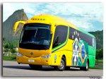 żółty nowoczesny autobus