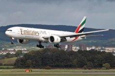 samolot przed lądowaniem